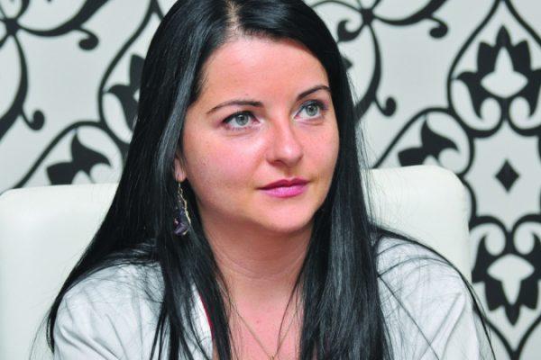 Dr. Elena-Valentina Ionescu